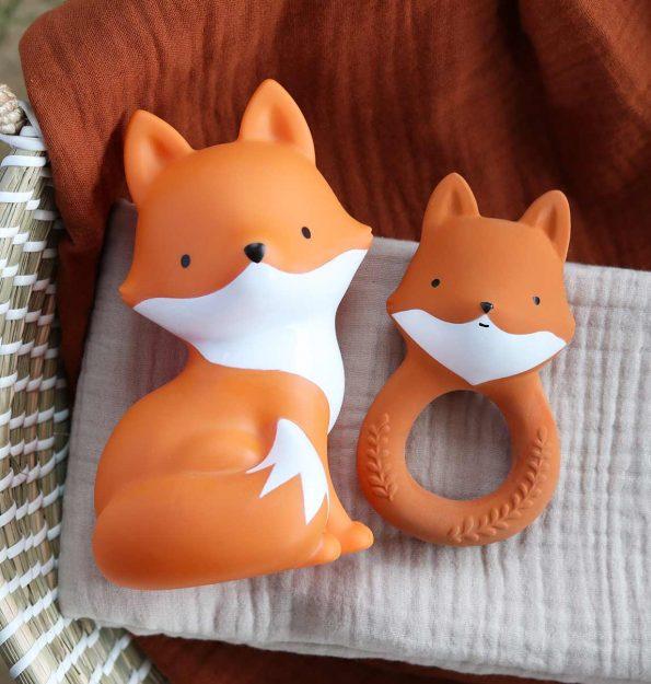 TRFOOR13-LR-11-teething-ring-Fox