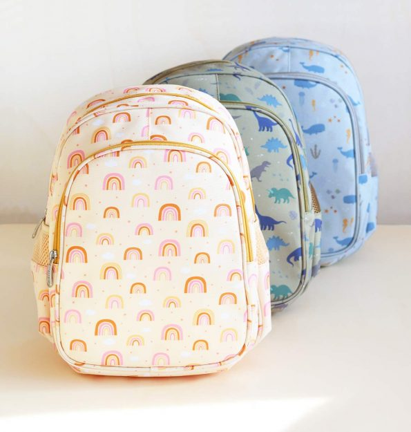 BPRAPI51-LR-11-backpack-Rainbows